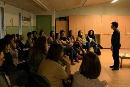 La coeducació, la urgència de canviar els models de gènere, una conferència de Núria Solsona