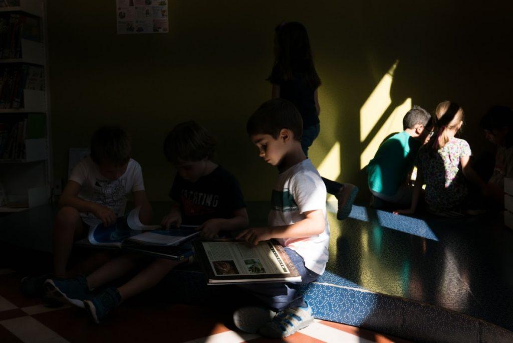 escoles biblioteca tona