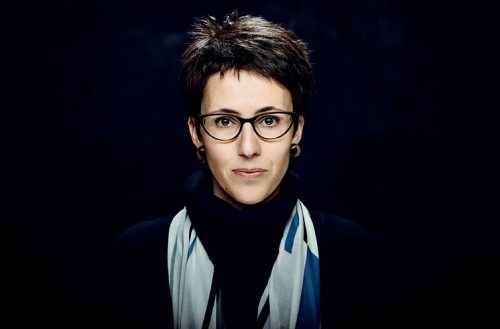 Boulder, la gran roca solitària d'Eva Baltasar, guanya la quarta edició del Premi Òmnium a la Millor Novel·la de l'Any